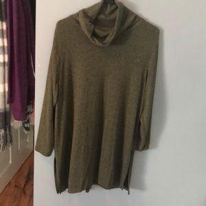 Old Navy Green 3/4 Sleeve Tunic - sweater material